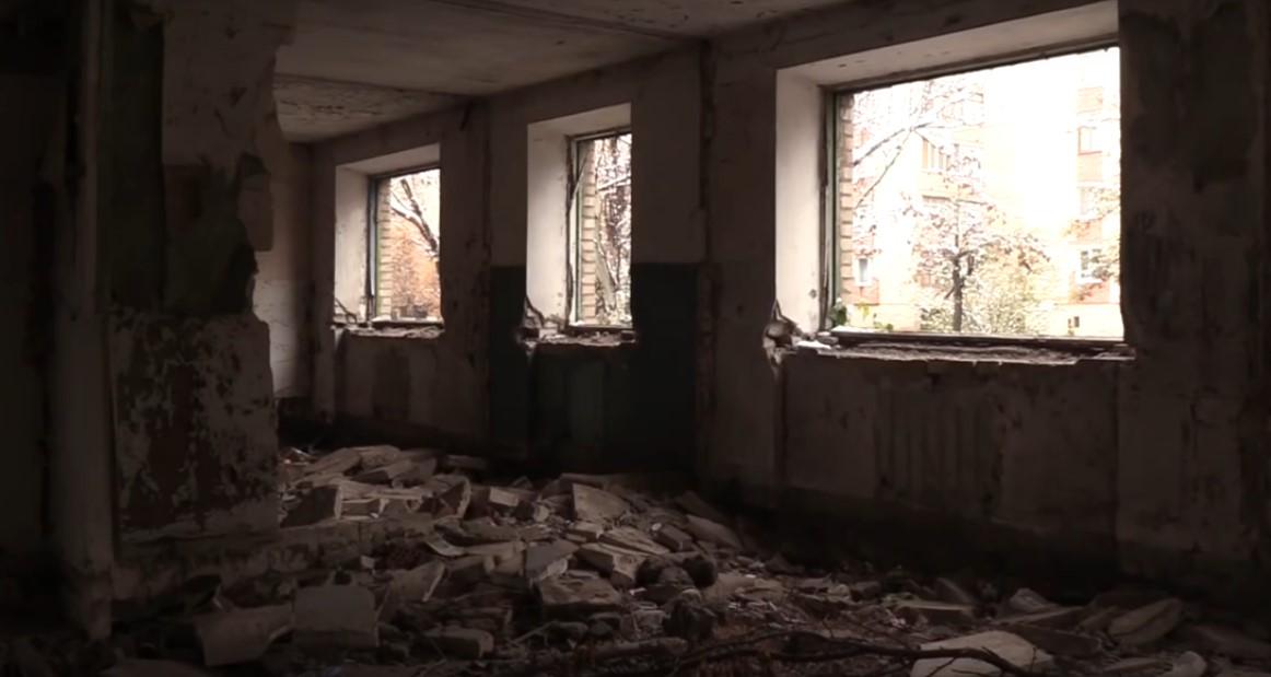 Так выглядит «реконструируемое» людьми Недавы в Славянке общежитие для ВПЛ