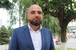 Бродяга из Одессы, или Нетрудовые доходы депутатского помощника Ерошка