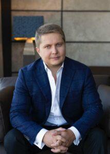 Андрей Гмырин – новый «решала» Офиса президента по спирту, сигаретам, конвертам и налоговой