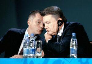 Гнездо коррупции или АП. Борис Ложкин