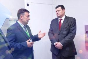 Мошенник «семьи» Константин Гаевский продолжает наживаться на горе украинцев