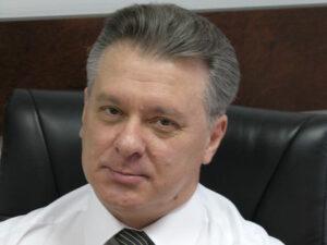 Экс-разведчик Копка: Проанализируйте последние вояжи Януковича за границу: Эмираты, Азербайджан, Индия, Гонконг. Там он растыкивал кэш