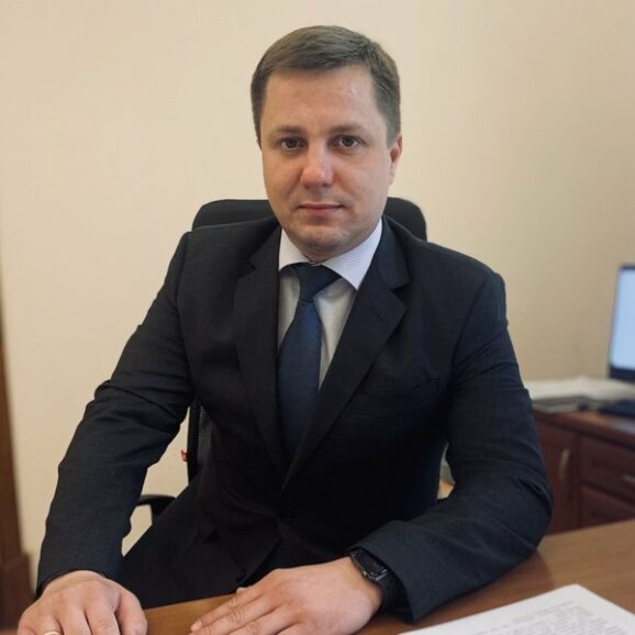 Владислав Суворов – глава ДМСУ? Калетник рулит